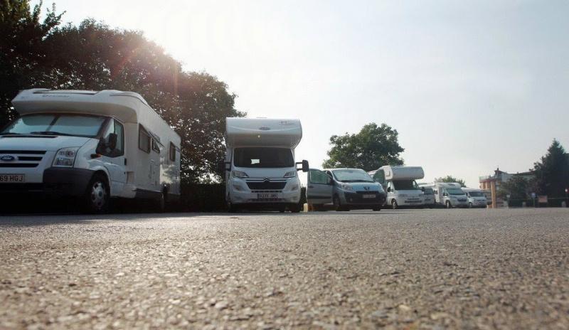Desarticulada una banda de estafadores que vendía caravanas por toda España