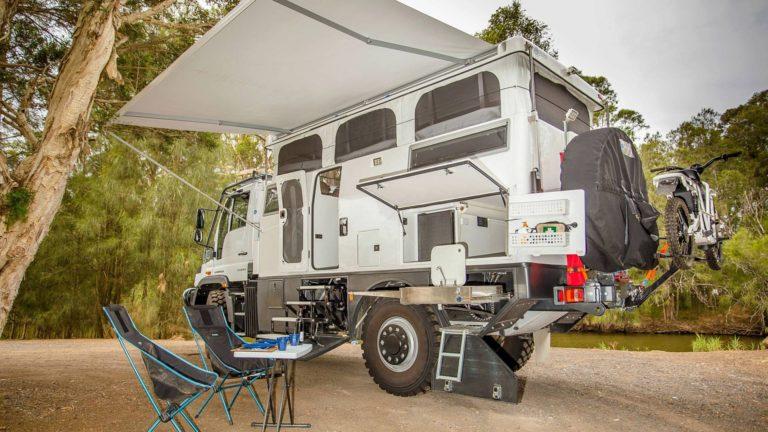 El Unimog Explorer XPR440 es una 'autocaravana' con esteroides para llegar al fin del mundo