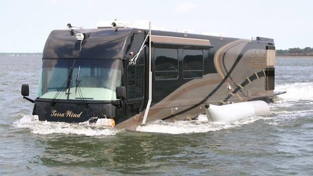 La enorme caravana de lujo capaz de navegar sobre el agua
